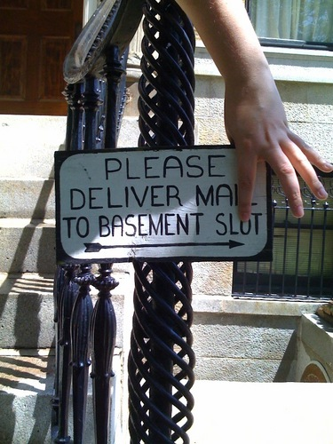 Deliver Ma to Basement Slut