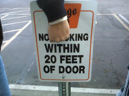 No King Within 20 Feet of Door