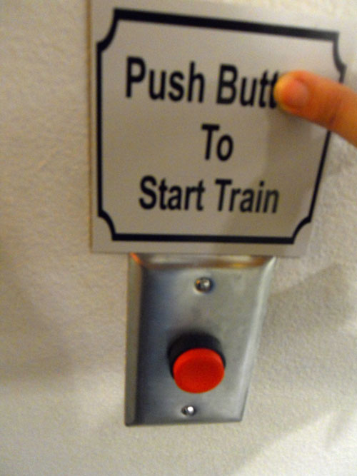 Push Butt to Start Train